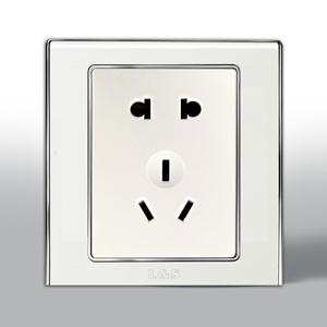 联塑电气 L51炫影 单相二.三极带保护门插座 l51/10us 银色