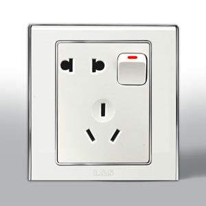 联塑电气 L51炫影 单相二.三极带开关插座 l51/10us4 银色